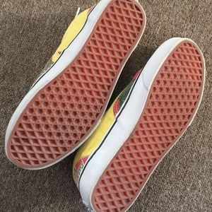 9f1f0e7547e8e6 Vans Shoes - Vans Era Van Doren Hawaiian Red Canvas Skate Shoes