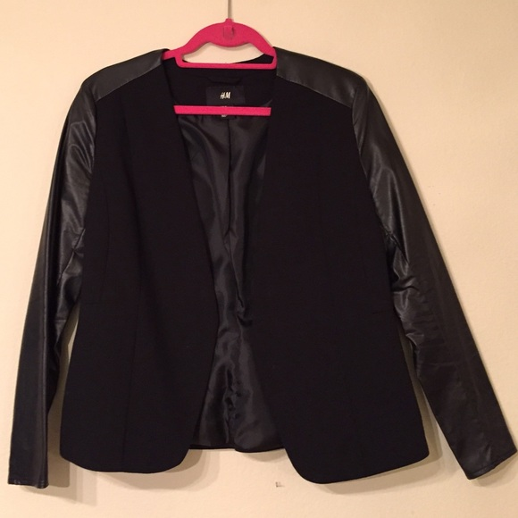 H&M Jackets & Coats - H&M Black Ponte Blazer w Faux Leather Sleeves