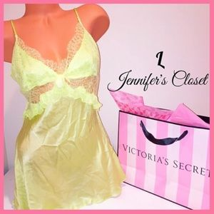 •Victoria's Secret• Designer collection silk slip