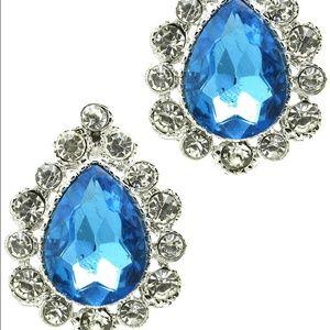 Kristee P Jewelry - Statement Earring