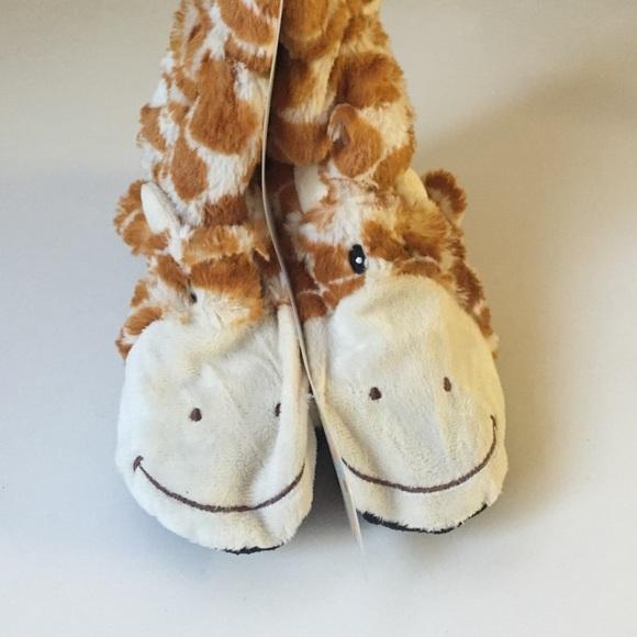 45f81ecef26 Cozy hug Giraffe slippers wheat & lavender NWT