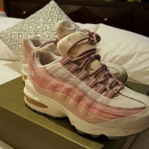 Shoes - SOOOOLLLDDD!!*** Baby pink and white Airman 95's.