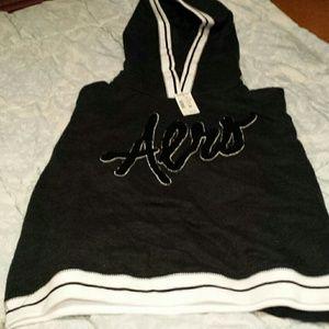 Black and white aero hoodie