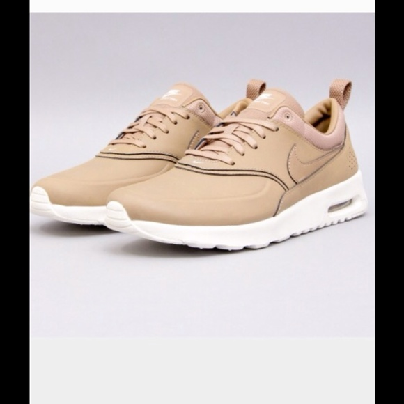 Nike Air Max Thea Leather Sneakers Desert Camo | Обекти
