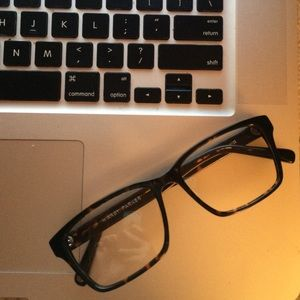b659810b5 Warby Parker Accessories - Warby Parker