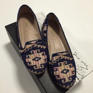 ZARA straw Aztec print weaved navy blue flats 6.5