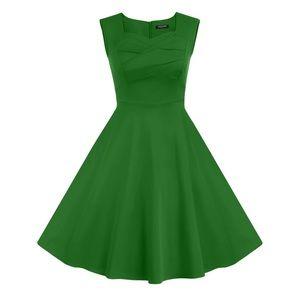 Dresses & Skirts - 50's green vintage dress
