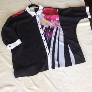 Basler Tops - Basler blouse. Navy w/floral print NWT.