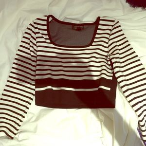 Topshop new CROP Top with long sleeve. New . UK8