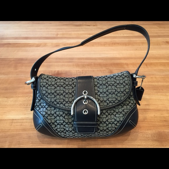 08cf2bb9c452 Price reduced!🎉 Coach purse - small logo