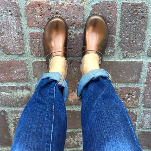 extremely for sale buy cheap affordable Cape Clogs Leather Clogs - Bronze sale with paypal cheap sale shop for 100% original sale online m9tledX34w