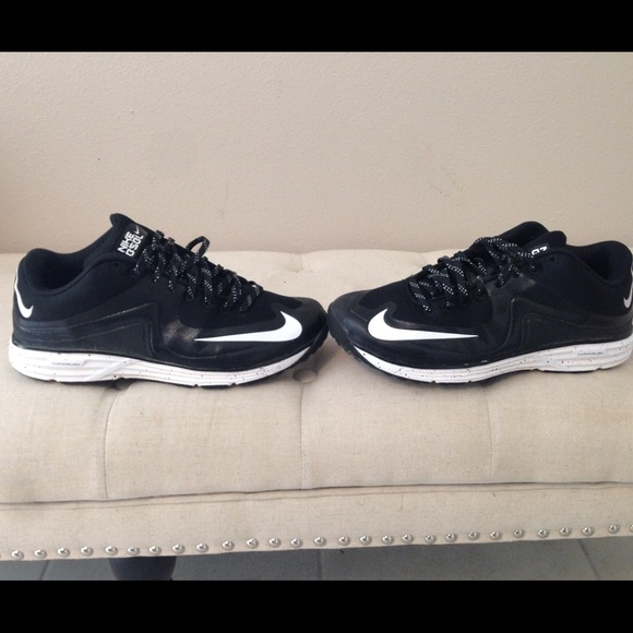 newest 94616 f2a47 ... Nike Lunar MVP Pregame shoes. M 56539ca5feba1ff93c032609