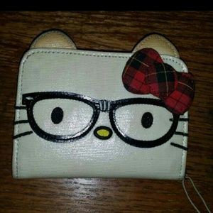Hello Kitty Nerd wallet