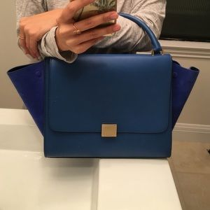 Celine Handbags - Celine Trapeze! In like new condition
