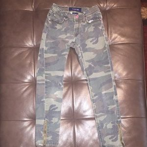 Vigoss Other - Vigoss faded camouflage youth jeans