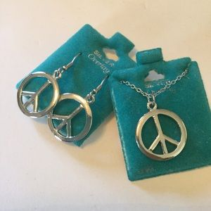 Jewelry - 🌼😍☮Peace Sign Earrings & Necklace Set