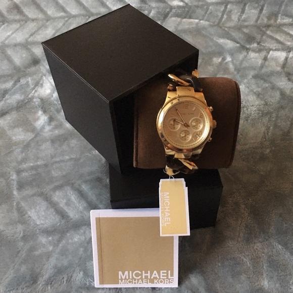 2fcb19bb2392 Michael Kors MK4222 Chain Link Gold-tone Watch