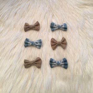 Other - Adorable Clip - In Bows!