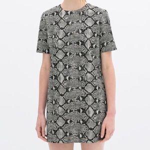 Zara Dresses & Skirts - Zara Woman Snake Print Dress Tunic L