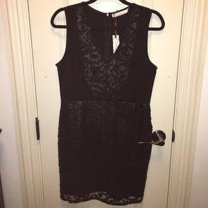 Solitaire Size Medium Black cocktail dress