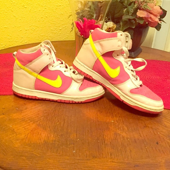 female size 4 pink and yellow high top air force