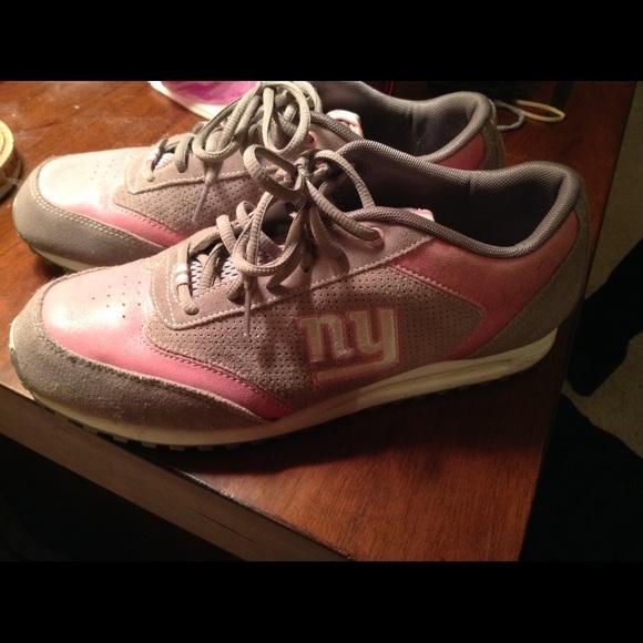 9e1fae32049 Nfl Giants Reebok women s sneakers size 10.5. M 565532ebfbf6f92fd30024a8