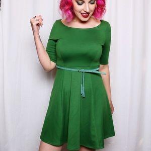 Dresses & Skirts - 💙SALE❤️ Green Swing Dress