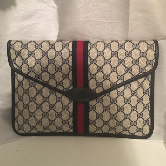 Gucci Handbags - Vintage GUCCI Monogram Canvas Envelope Clutch 5ff076a1c7f3f