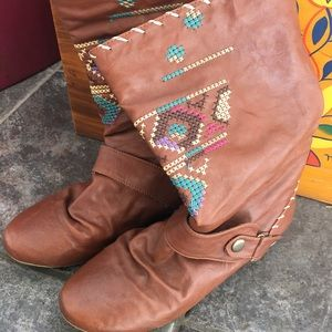 Bull boxer Shoes - embroidered brown booties w/ stitching & buckle