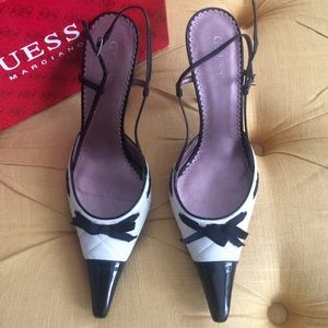 71 guess by marciano shoes black and white leather