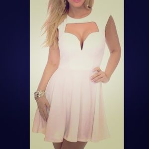 New White Sweetheart Skater Dress Cut Out Small