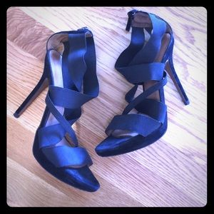 Black Elastic Strappy Heels!