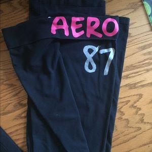 Black aero yoga pants