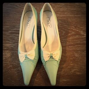 RSVP Tiffany blue heels with bow