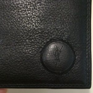 Ysl Yves Saint Laurent black leather bifold wallet