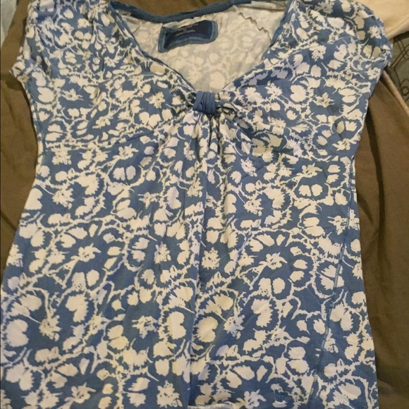 American Eagle Outfitters Tops - American Eagle flowered top
