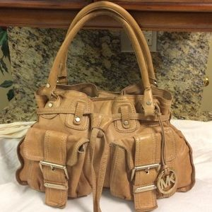 Michael Kors Handbags - Michael Kors camel leather drawstring satchel