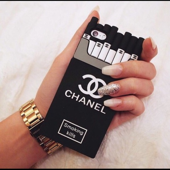 Fabuleux 38% off Accessories - Chanel smoking kills silicone iPhone 6/6s  UN84