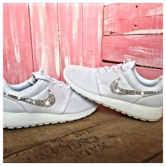 53cb11a70d255 Nike Roshe White on White with Swarovski Crystals