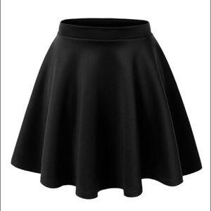 Dresses & Skirts - Black Stretchy Skater Skirt