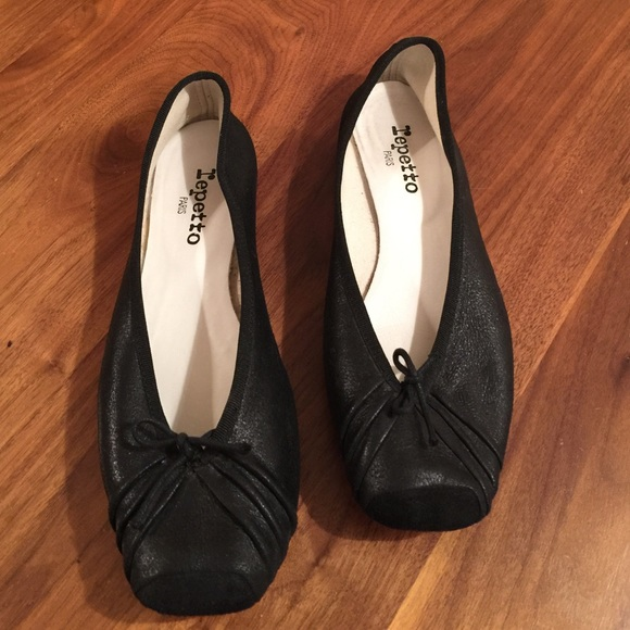 Repetto Black Theatre Ballerina Flats