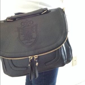 Black Crossbody Purse. NWOT