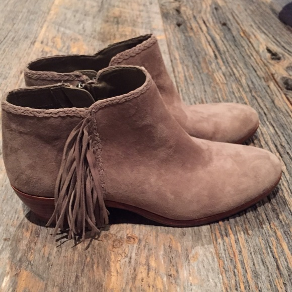 8eb5d8f4baee5 Sam Edelman  Paige  fringe ankle boot in putty. M 5656b0f8f0137daf3800c529