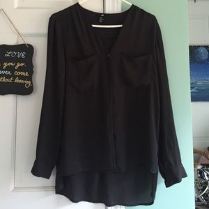 H & M black blouse