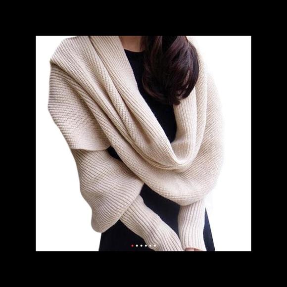 Sweaters - ❤️❤️❤️❤️A Very Unique Beige Sweater/Scarf ❤️❤️❤️❤️