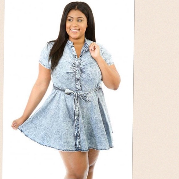 Forever 21 - Plus Size Denim Skater Dress Size 2X from Dee's ...
