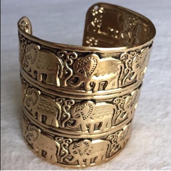 Jewelry - Elephant Cuff Style Bracelet gold tone