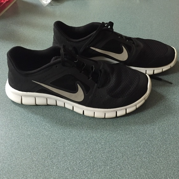 53% off Nike Shoes - Black Nike Free Run 3 Tennis Shoes from ...