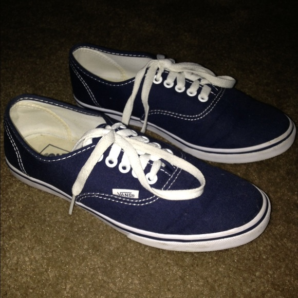 Vans Shoes - Canvas Authentic Lo Pro Navy Blue True White 0fa717e63