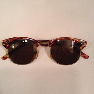 Vintage Accessories - Vintage Tortoise Shell Sunglasses / Sunnies
